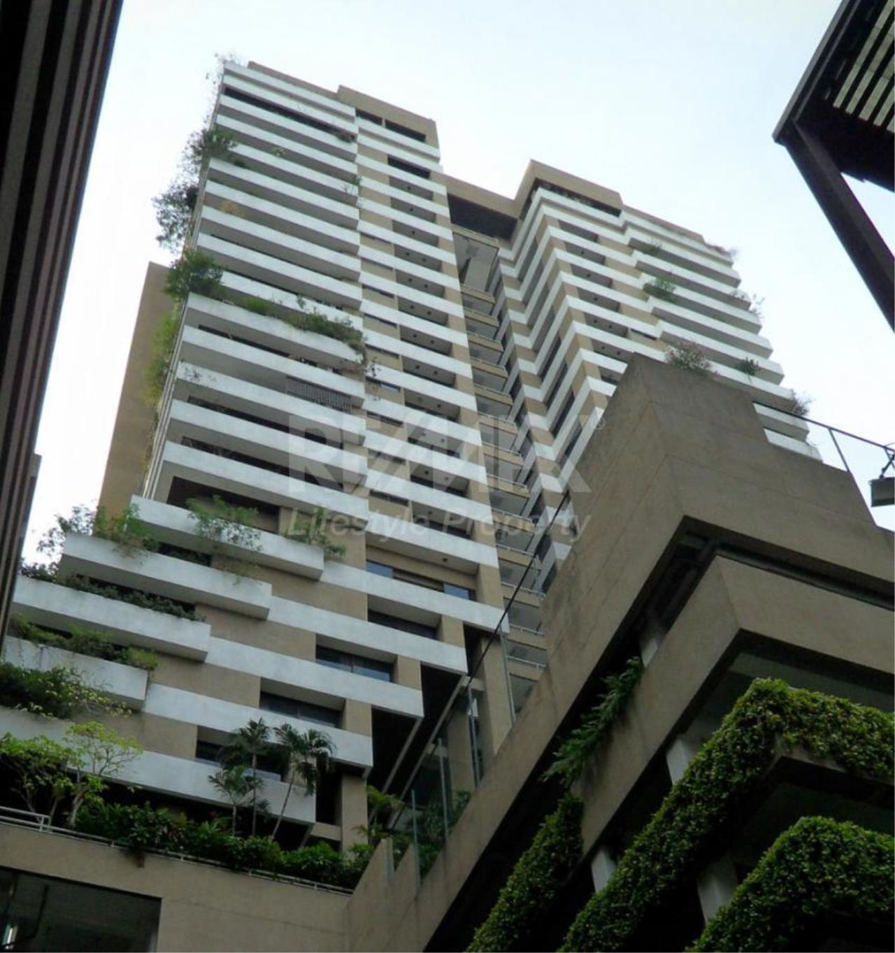 RE/MAX LifeStyle Property Agency's Asoke Tower 10