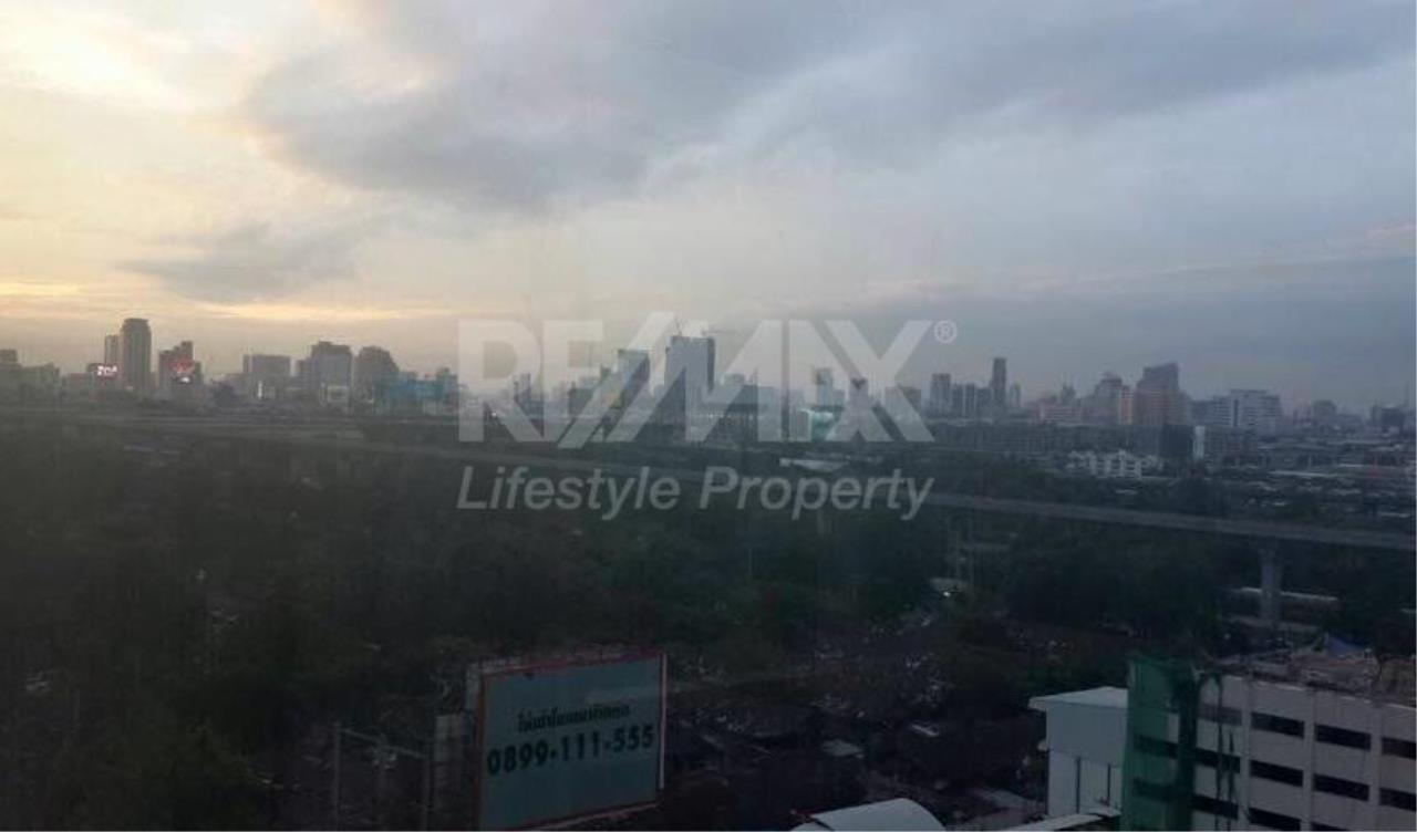 RE/MAX LifeStyle Property Agency's Circle Condominium 9