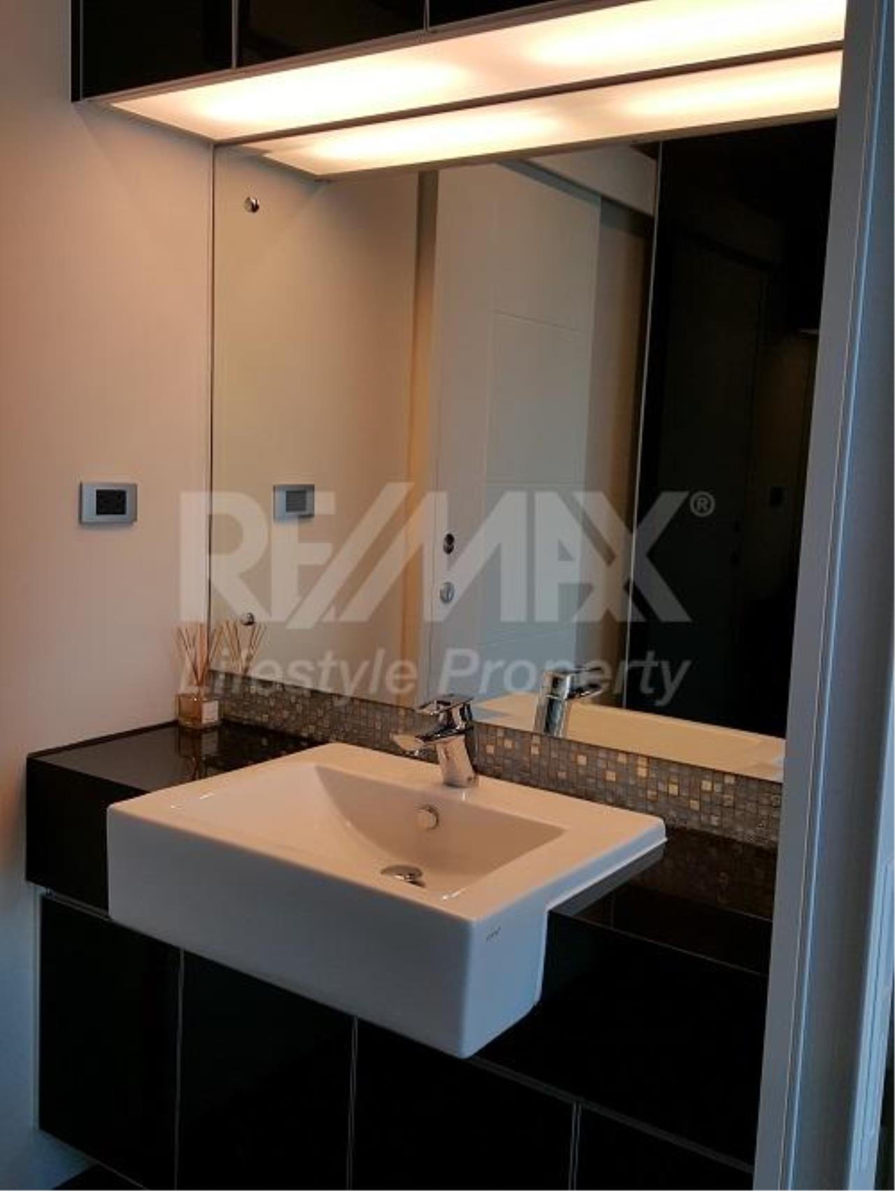 RE/MAX LifeStyle Property Agency's The Crest Sukhumvit 34 8