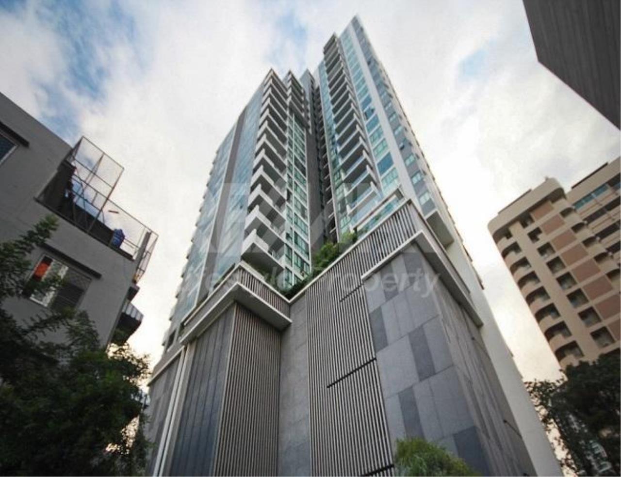 RE/MAX LifeStyle Property Agency's Aequa Sukhumvit 49 1