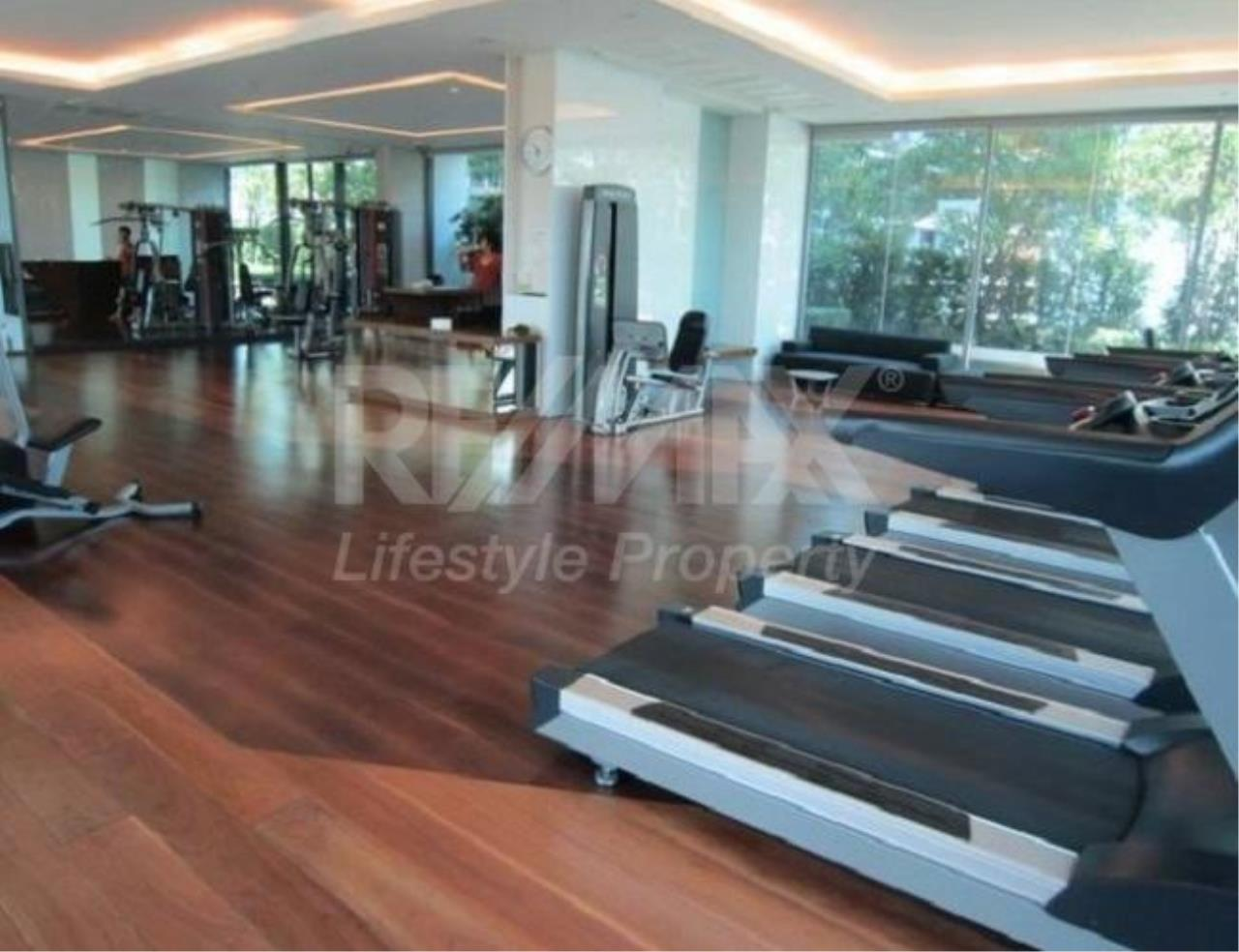 RE/MAX LifeStyle Property Agency's The Room Sukhumvit 62 2