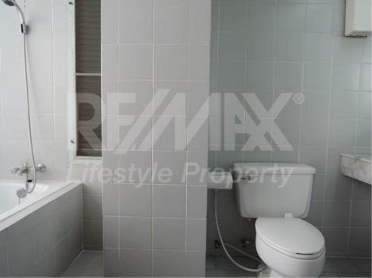 RE/MAX LifeStyle Property Agency's Le Premier 1 7