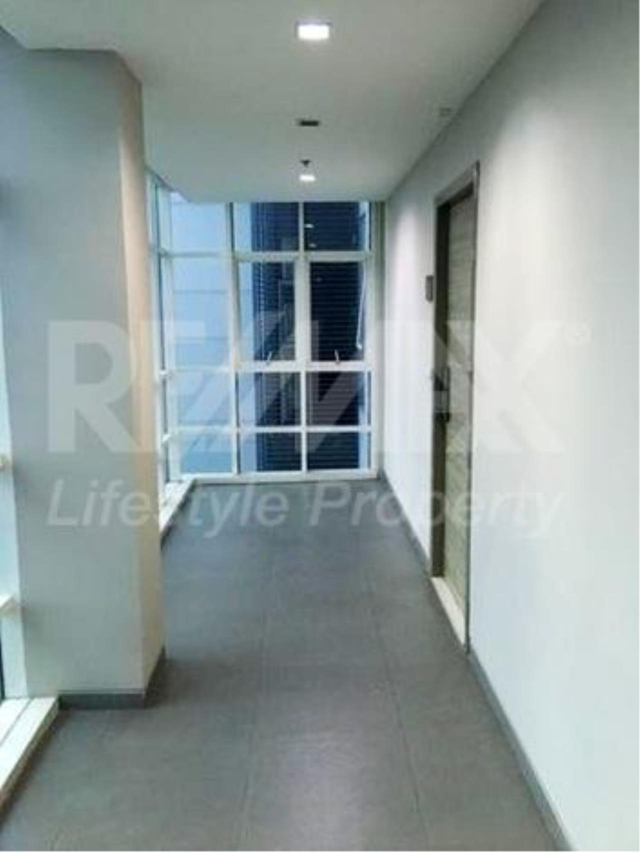 RE/MAX LifeStyle Property Agency's Ideo Verve Ratchaprarop 6