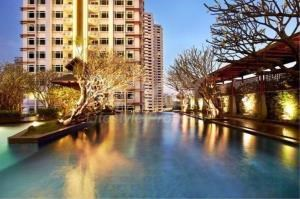 RE/MAX LifeStyle Property Agency's Circle Condominium 5