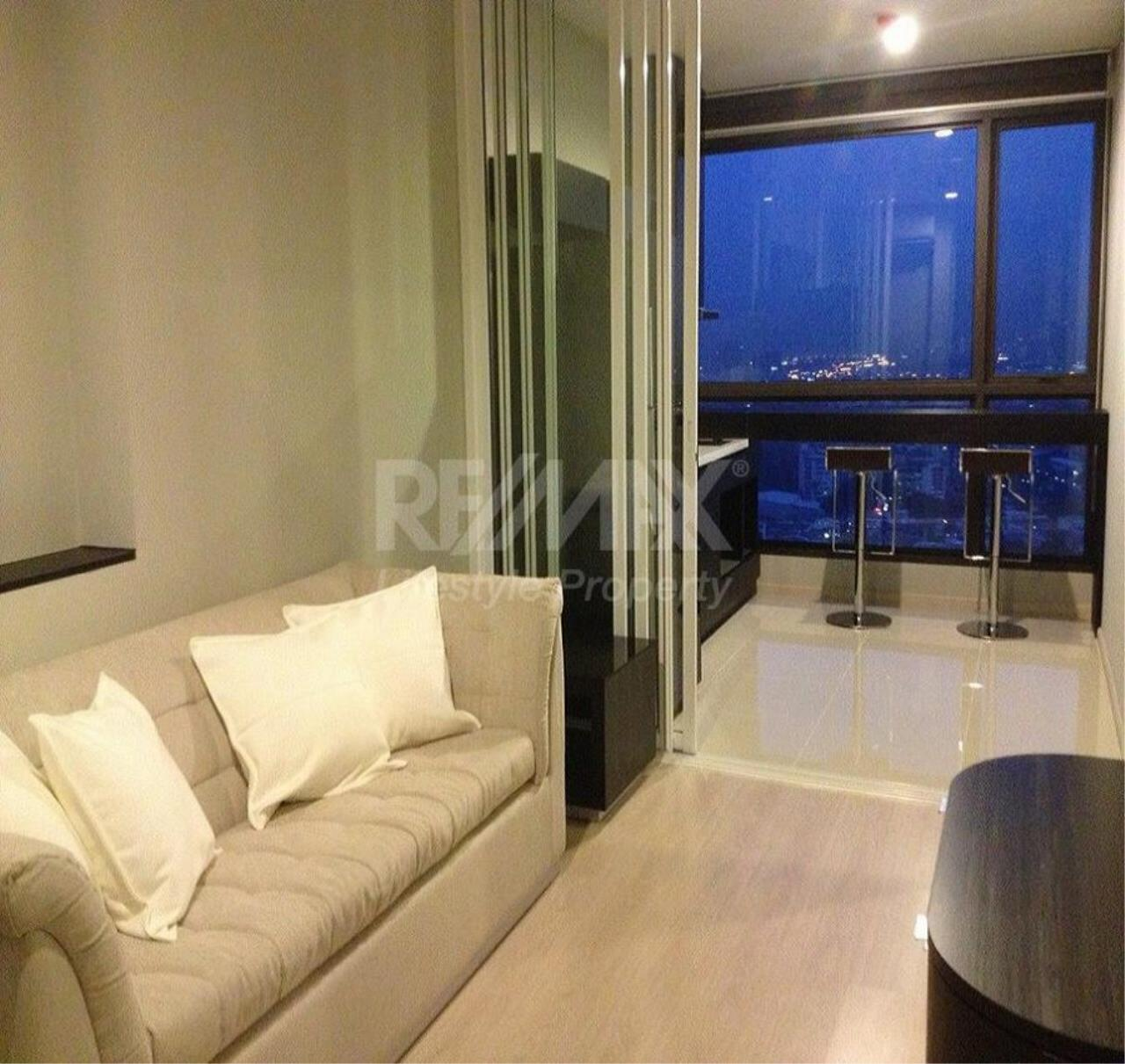 RE/MAX LifeStyle Property Agency's Rhythm Sukhumvit 44/1 2