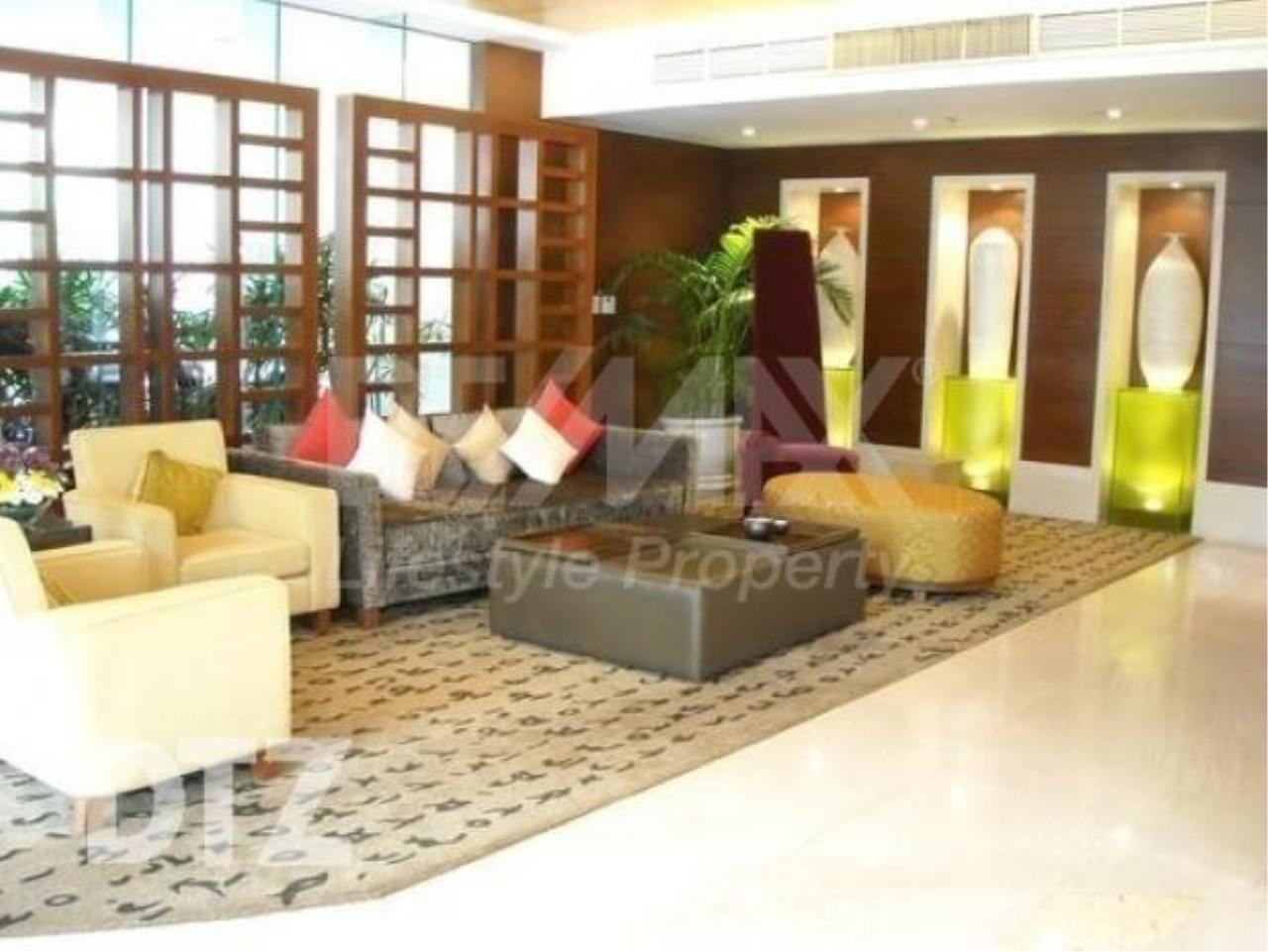 RE/MAX LifeStyle Property Agency's Baan Rajprasong 6