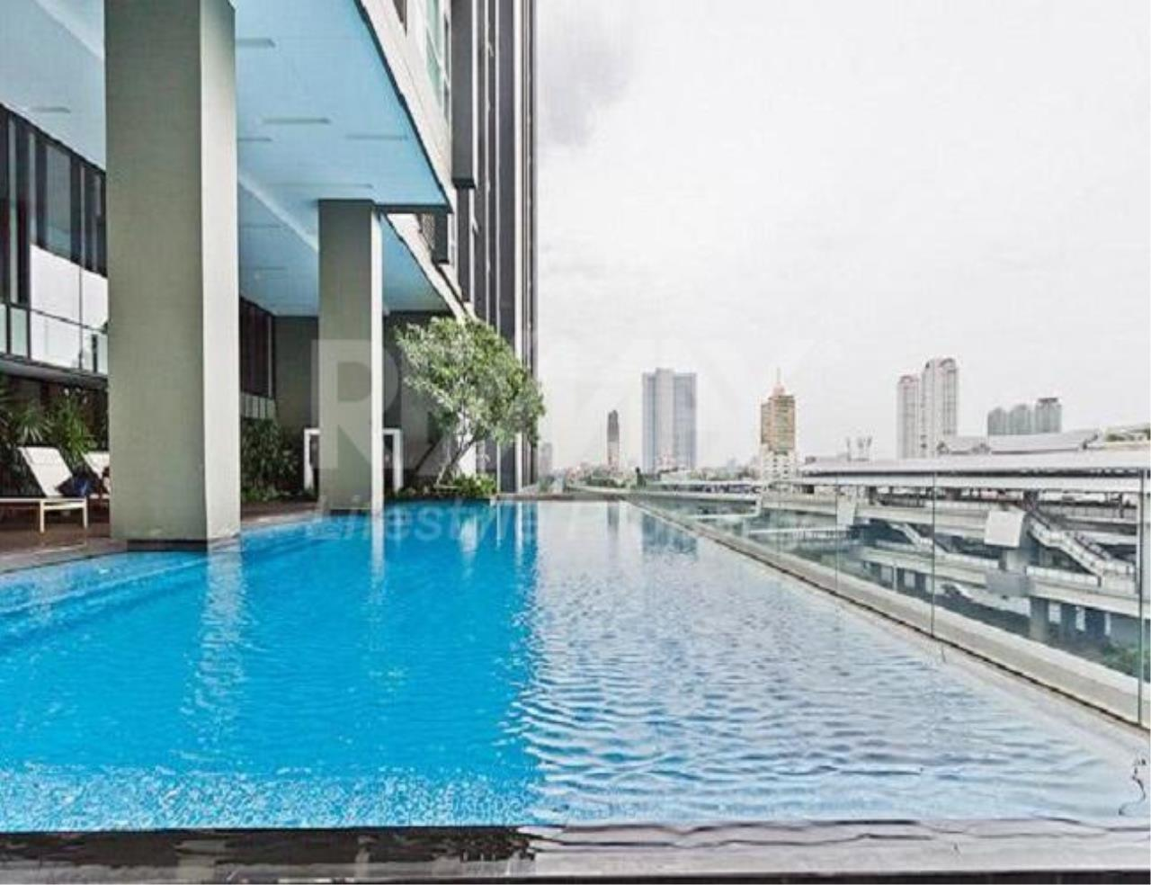 RE/MAX LifeStyle Property Agency's Hive Sathorn 3