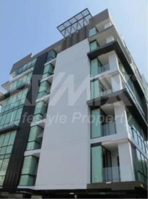 RE/MAX LifeStyle Property Agency's SOCIO Ruamrudee 9