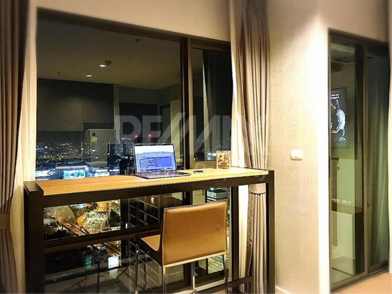 RE/MAX LifeStyle Property Agency's Rhythm Asoke 6