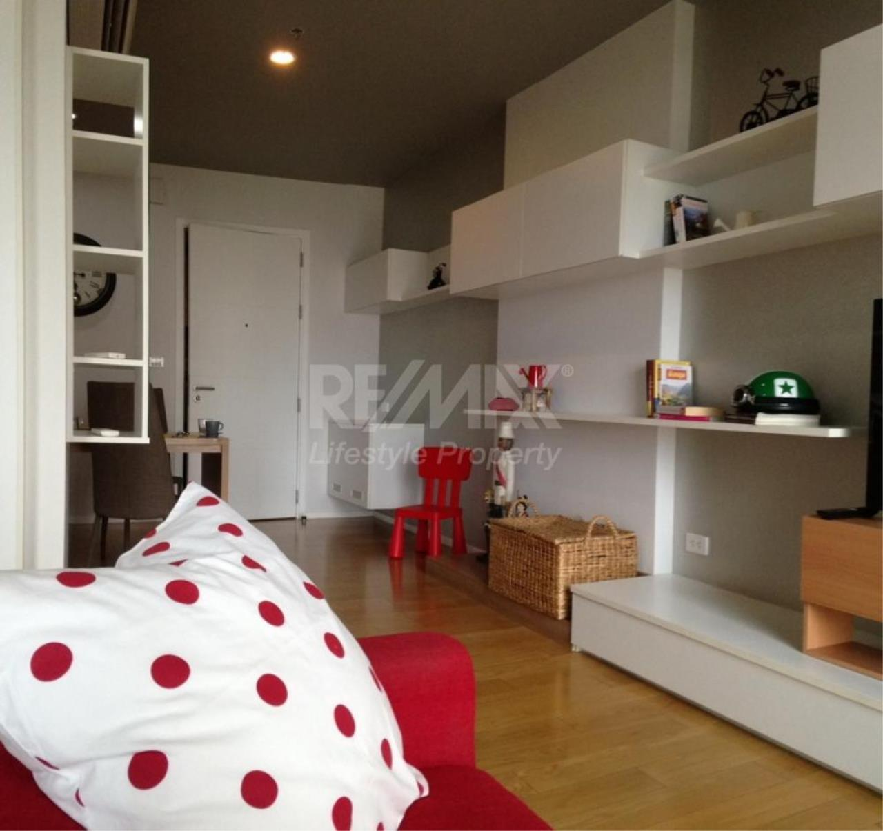 RE/MAX LifeStyle Property Agency's Blocs 77 2