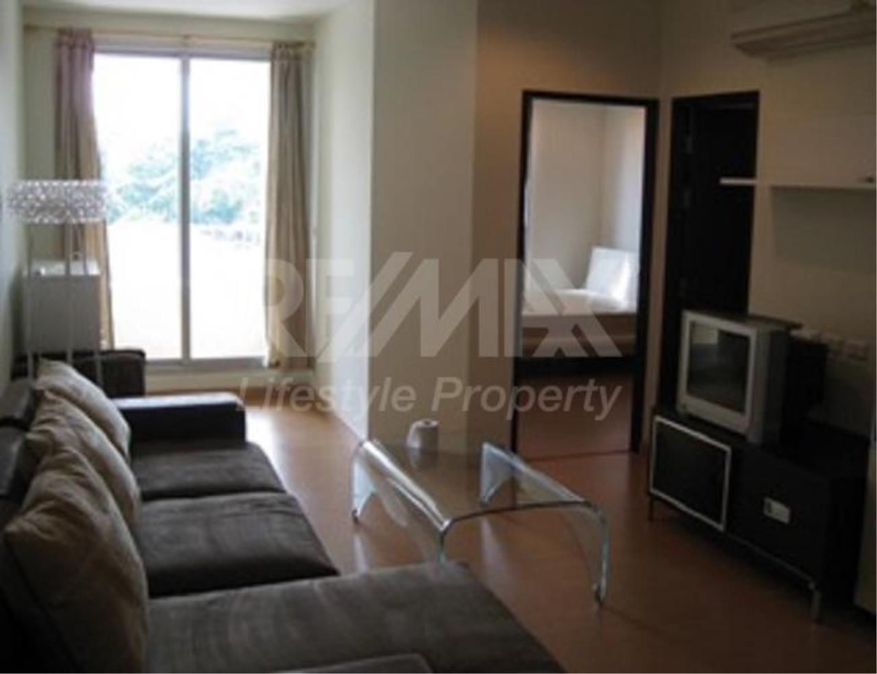 RE/MAX LifeStyle Property Agency's The Address Sukhumvit 42 10