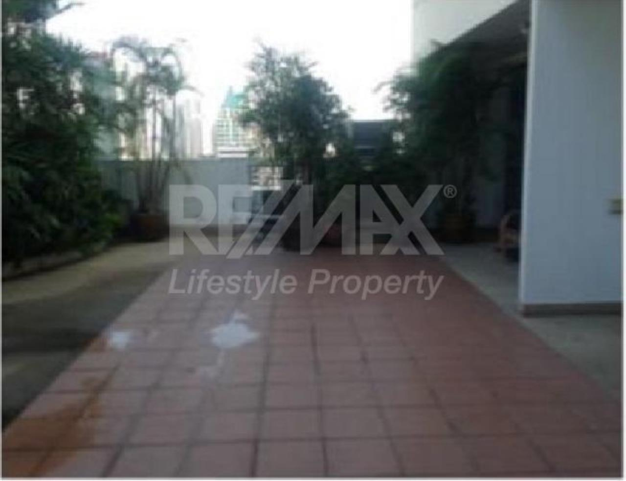 RE/MAX LifeStyle Property Agency's GM Height 3