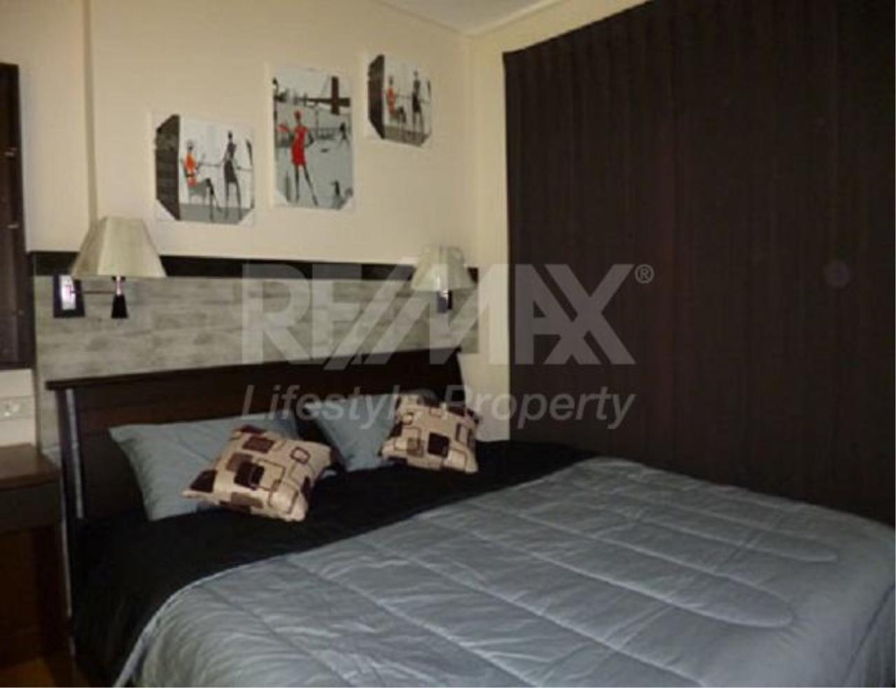 RE/MAX LifeStyle Property Agency's Villa Asoke 5