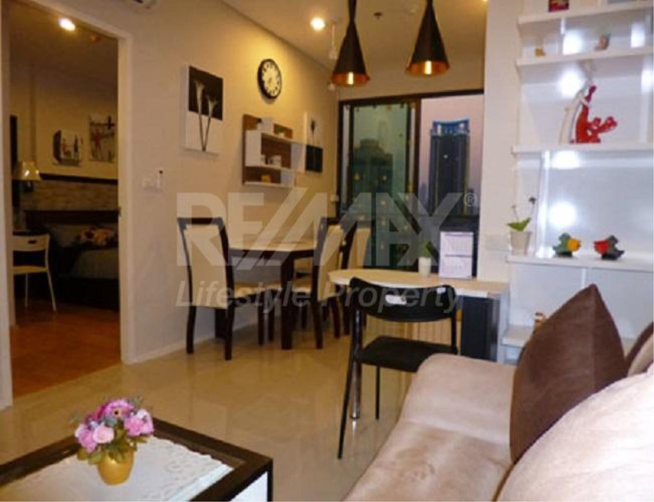 RE/MAX LifeStyle Property Agency's Villa Asoke 1