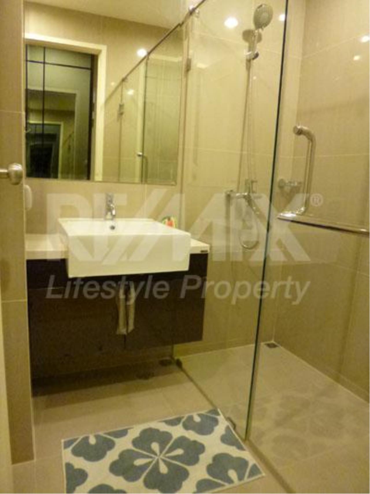RE/MAX LifeStyle Property Agency's Villa Asoke 7