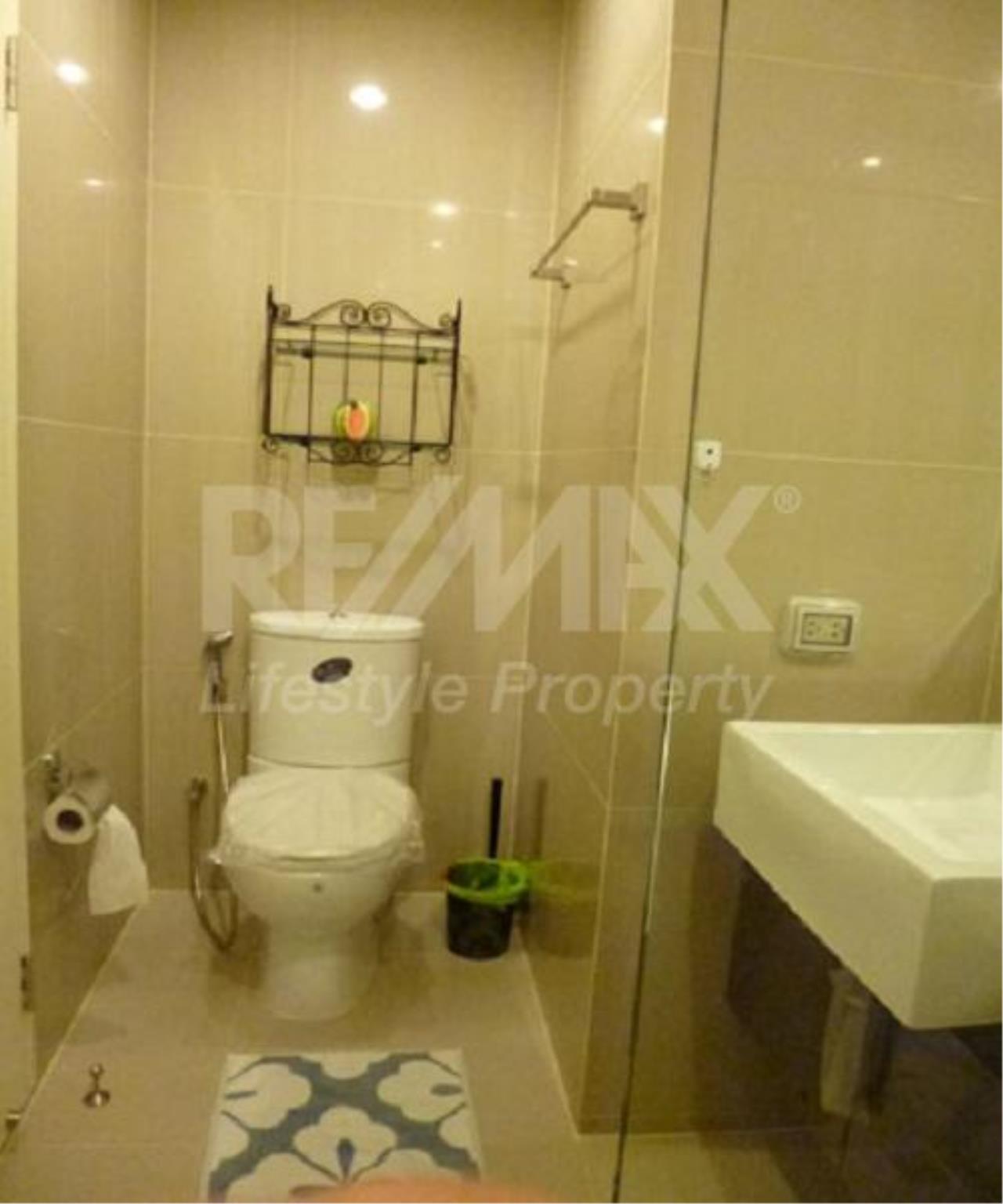 RE/MAX LifeStyle Property Agency's Villa Asoke 8