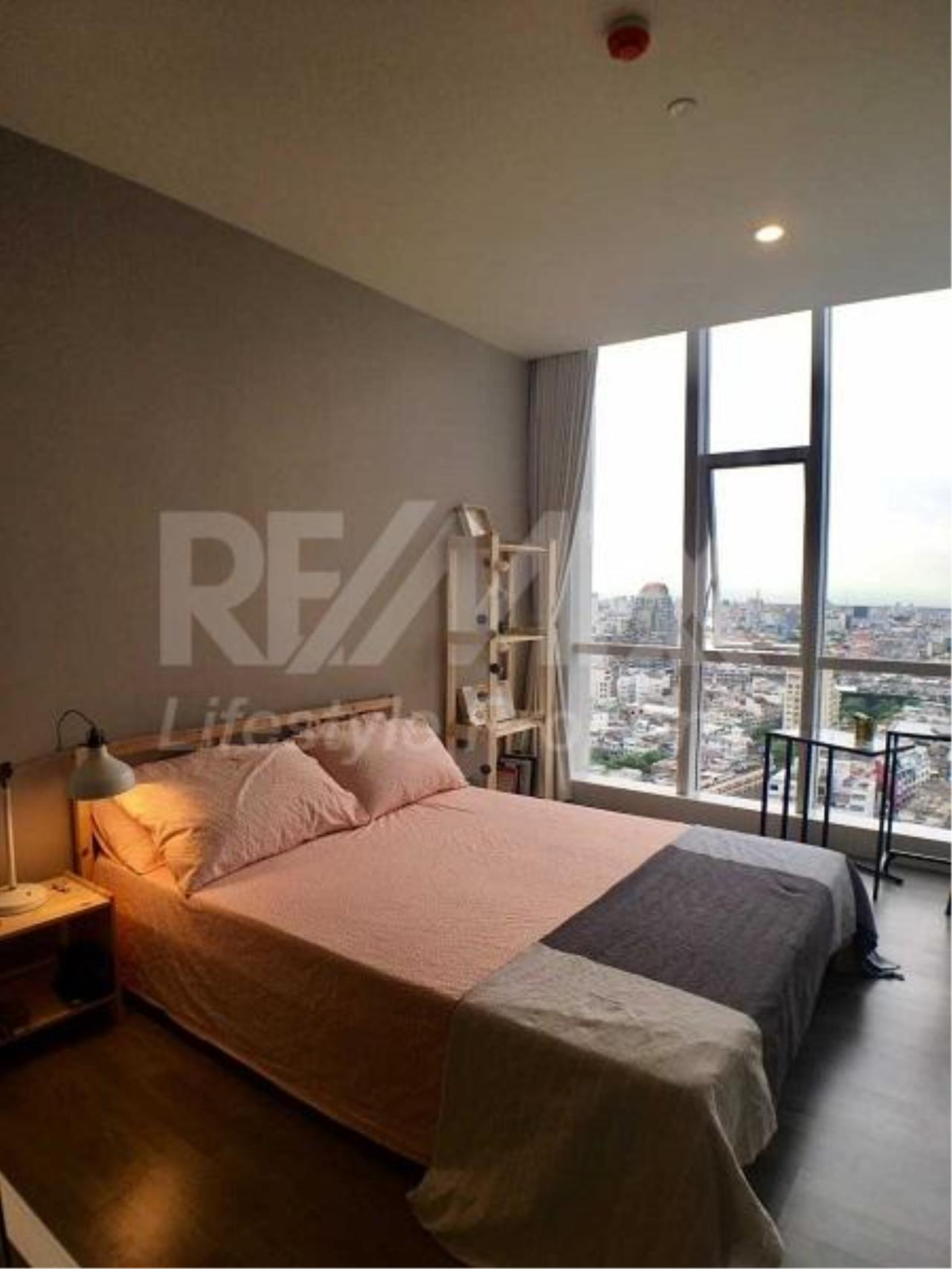RE/MAX LifeStyle Property Agency's The Room Sathorn-TanonPun 9