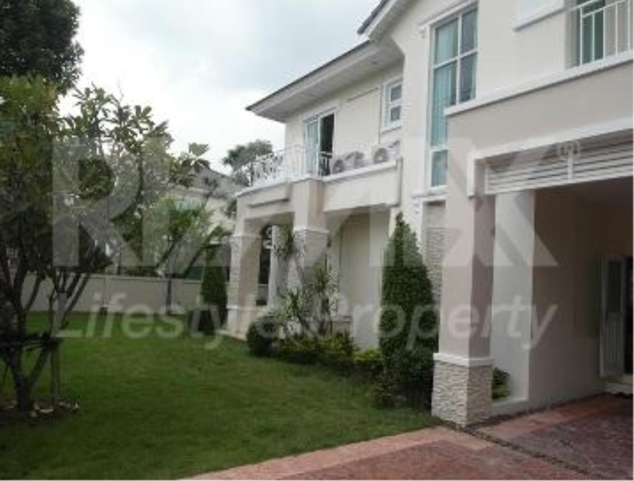 RE/MAX LifeStyle Property Agency's House Rama 9 9