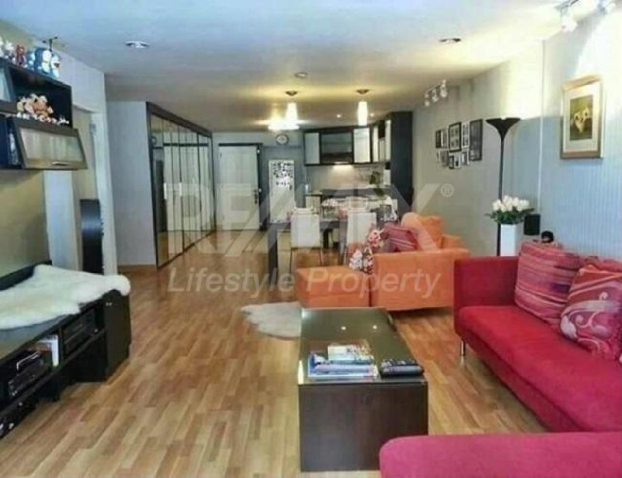 RE/MAX LifeStyle Property Agency's Casa Viva 1
