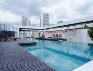 RE/MAX LifeStyle Property Agency's Urbana Sukhumvit 15 11