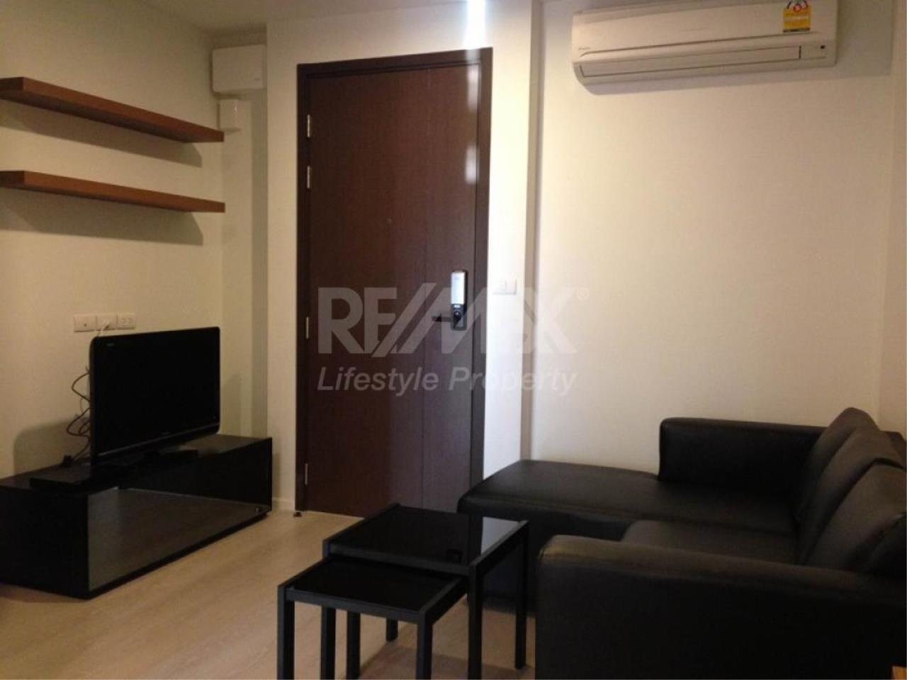 RE/MAX LifeStyle Property Agency's Rhythm Sathorn - Narathiwas 10