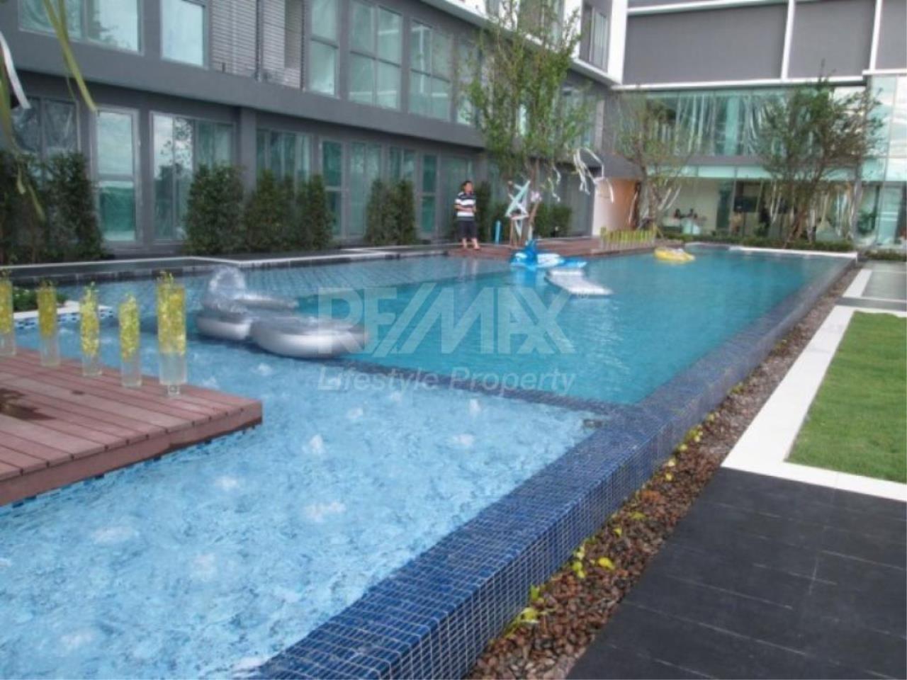 RE/MAX LifeStyle Property Agency's Ideo Mobi Sukhumvit 11