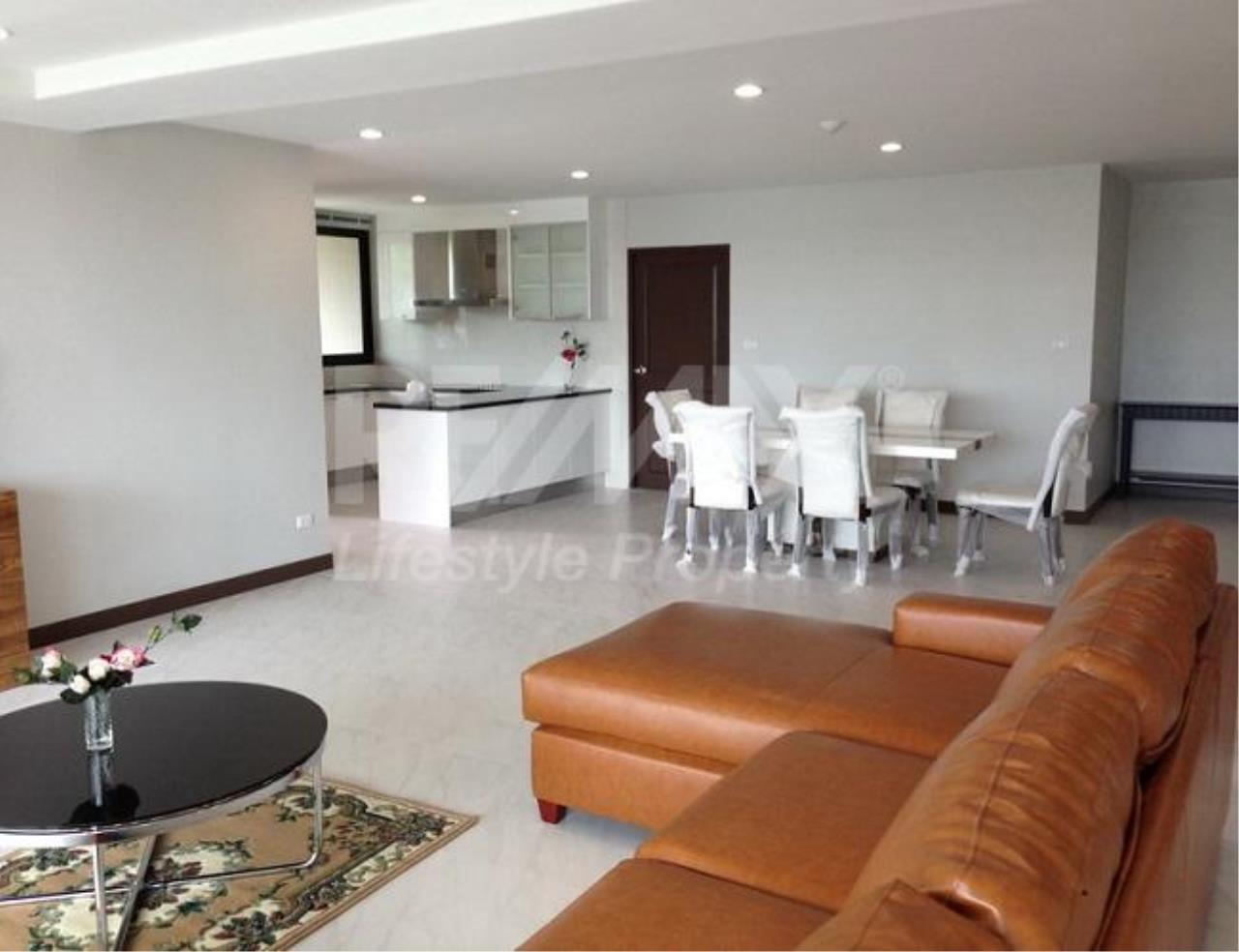 RE/MAX LifeStyle Property Agency's 459 Ekkamai 1