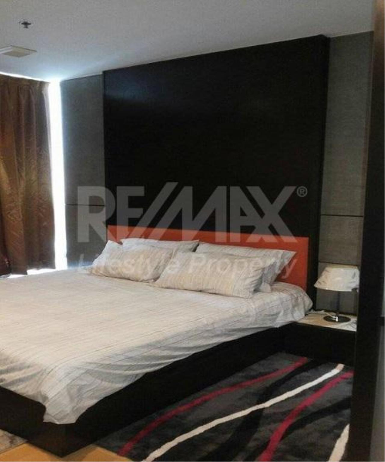 RE/MAX LifeStyle Property Agency's Baan Sathorn Chaopraya 10