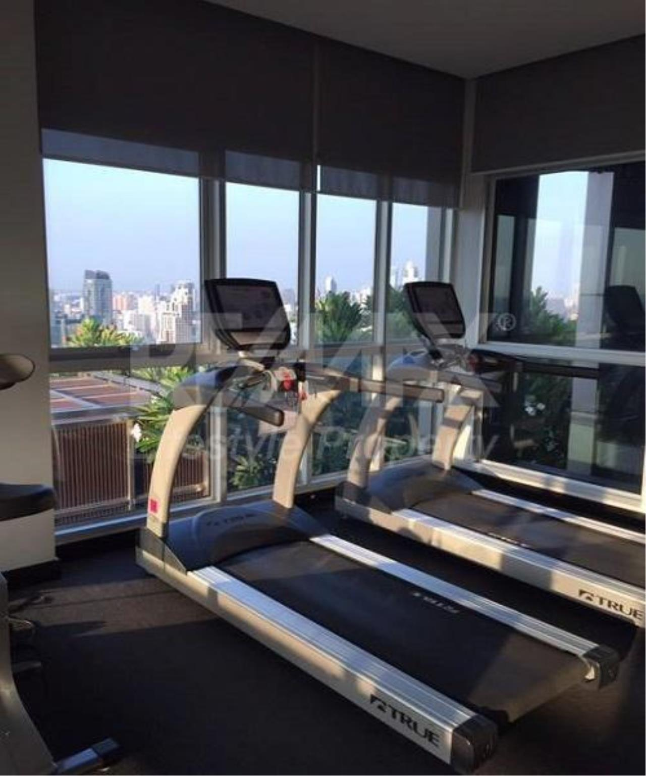 RE/MAX LifeStyle Property Agency's The Address Asoke 6