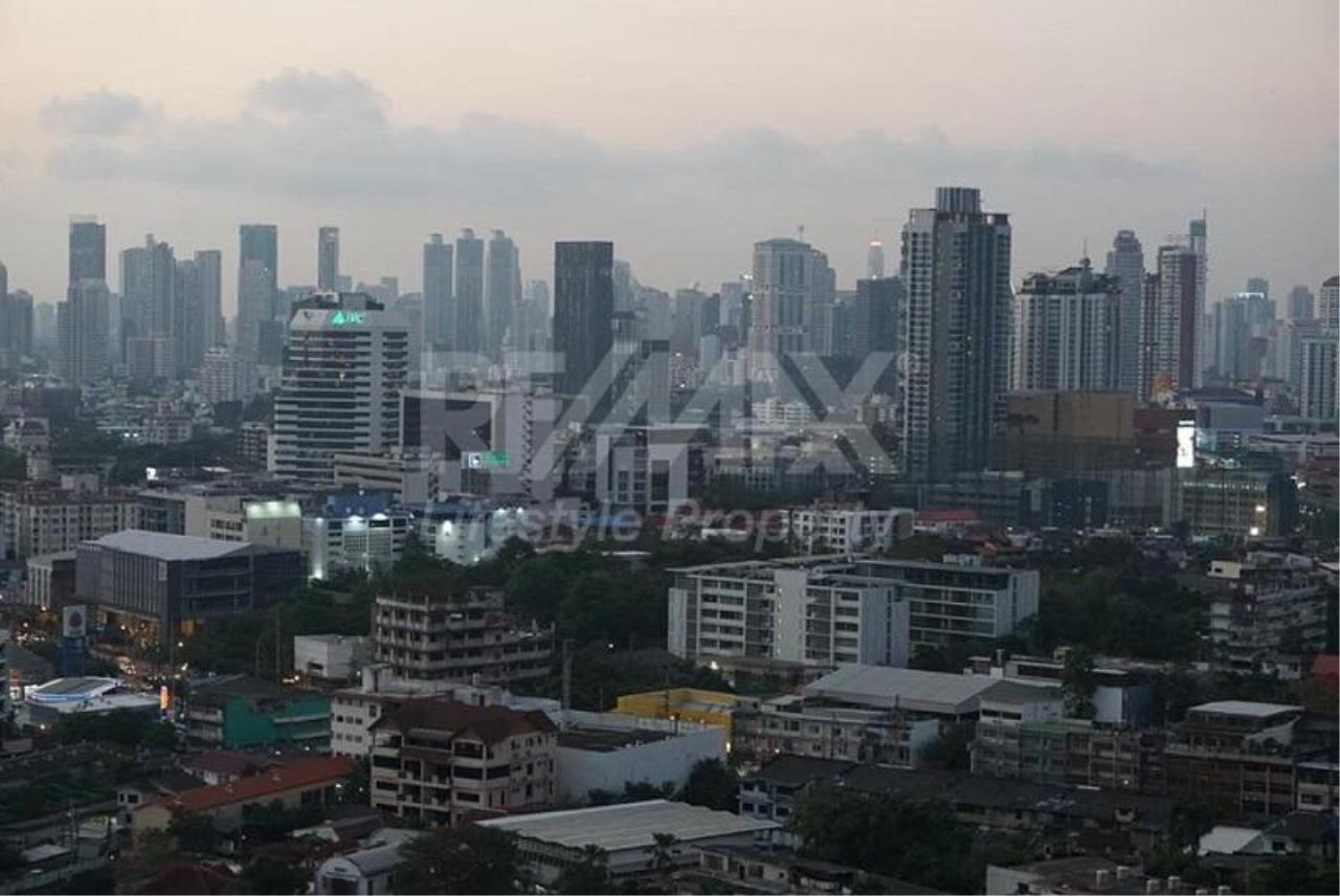 RE/MAX LifeStyle Property Agency's Aspire Sukhumvit 48 2
