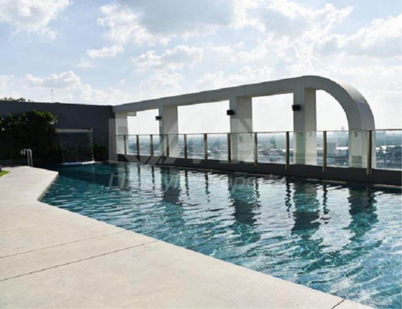 RE/MAX LifeStyle Property Agency's Aspire Sukhumvit 48 10