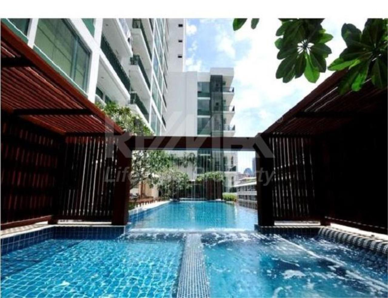 RE/MAX LifeStyle Property Agency's Wind Sukhumvit 23 1