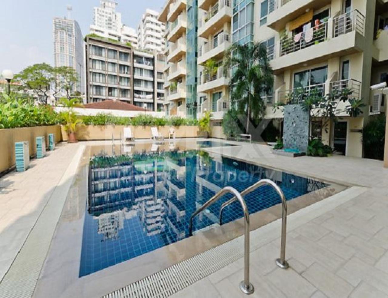 RE/MAX LifeStyle Property Agency's Serene Place Sukhumvit 24 9