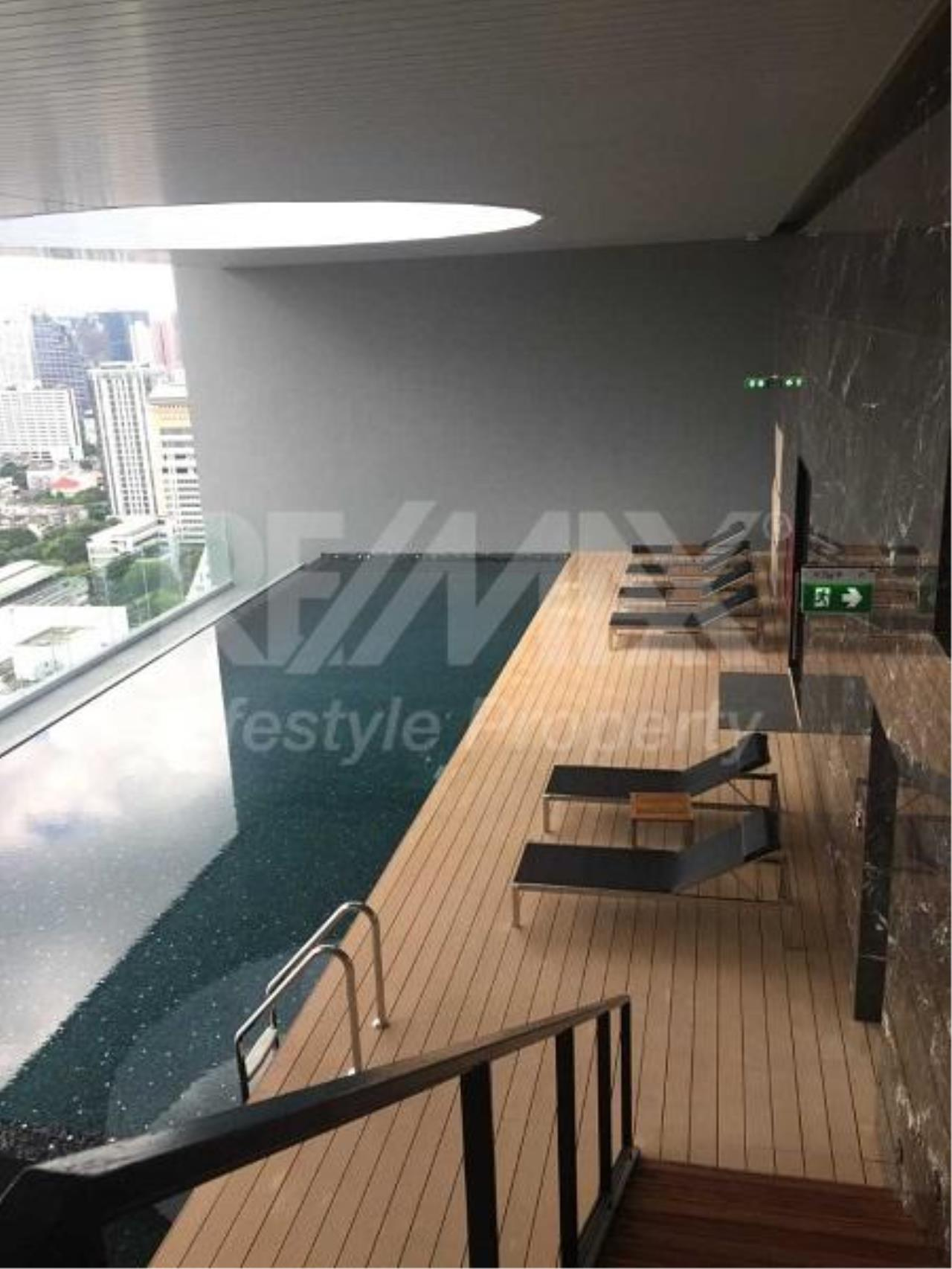 RE/MAX LifeStyle Property Agency's Noble Revo Silom 1