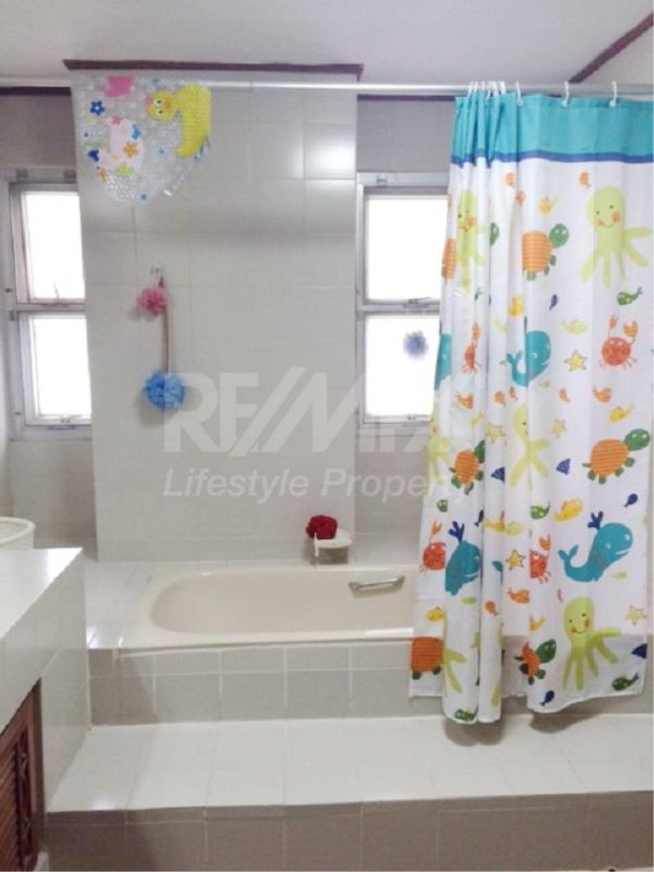 RE/MAX LifeStyle Property Agency's Raj Mansion 10