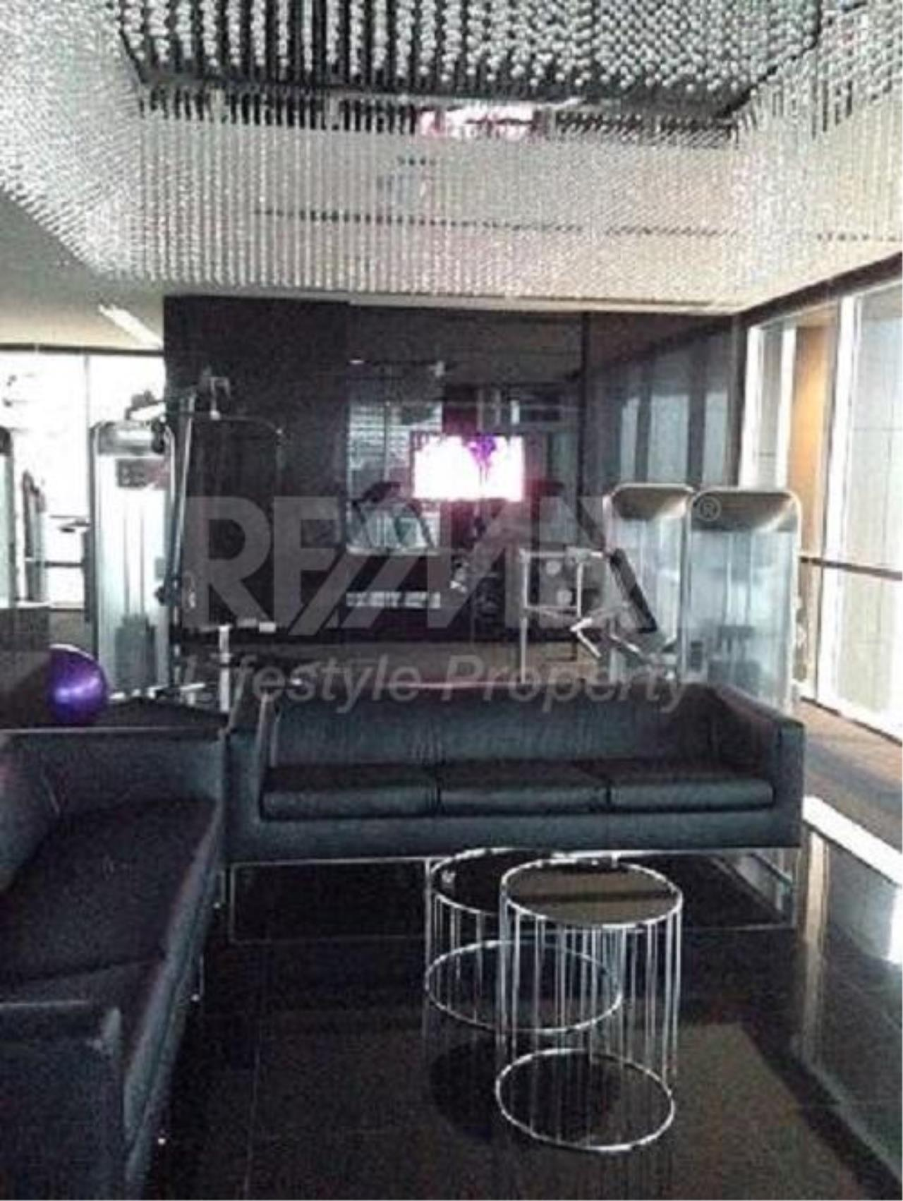 RE/MAX LifeStyle Property Agency's Rhythm Sathorn 8