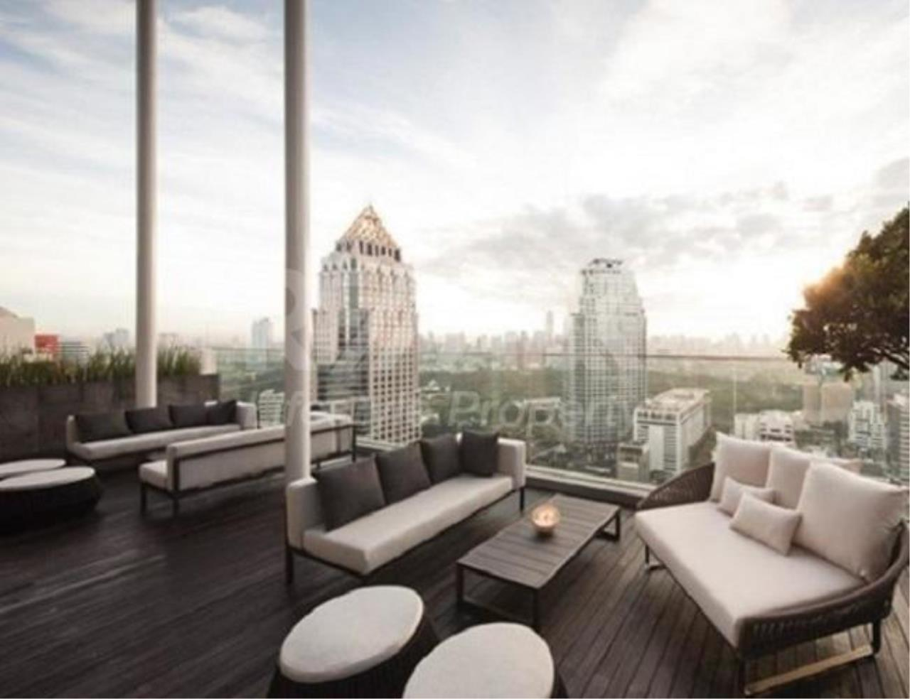 RE/MAX LifeStyle Property Agency's Saladaeng Residences 5