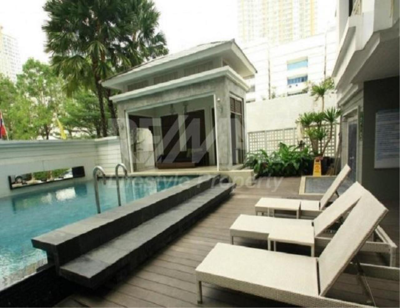 RE/MAX LifeStyle Property Agency's The Bangkok Sathorn-Taksin 2