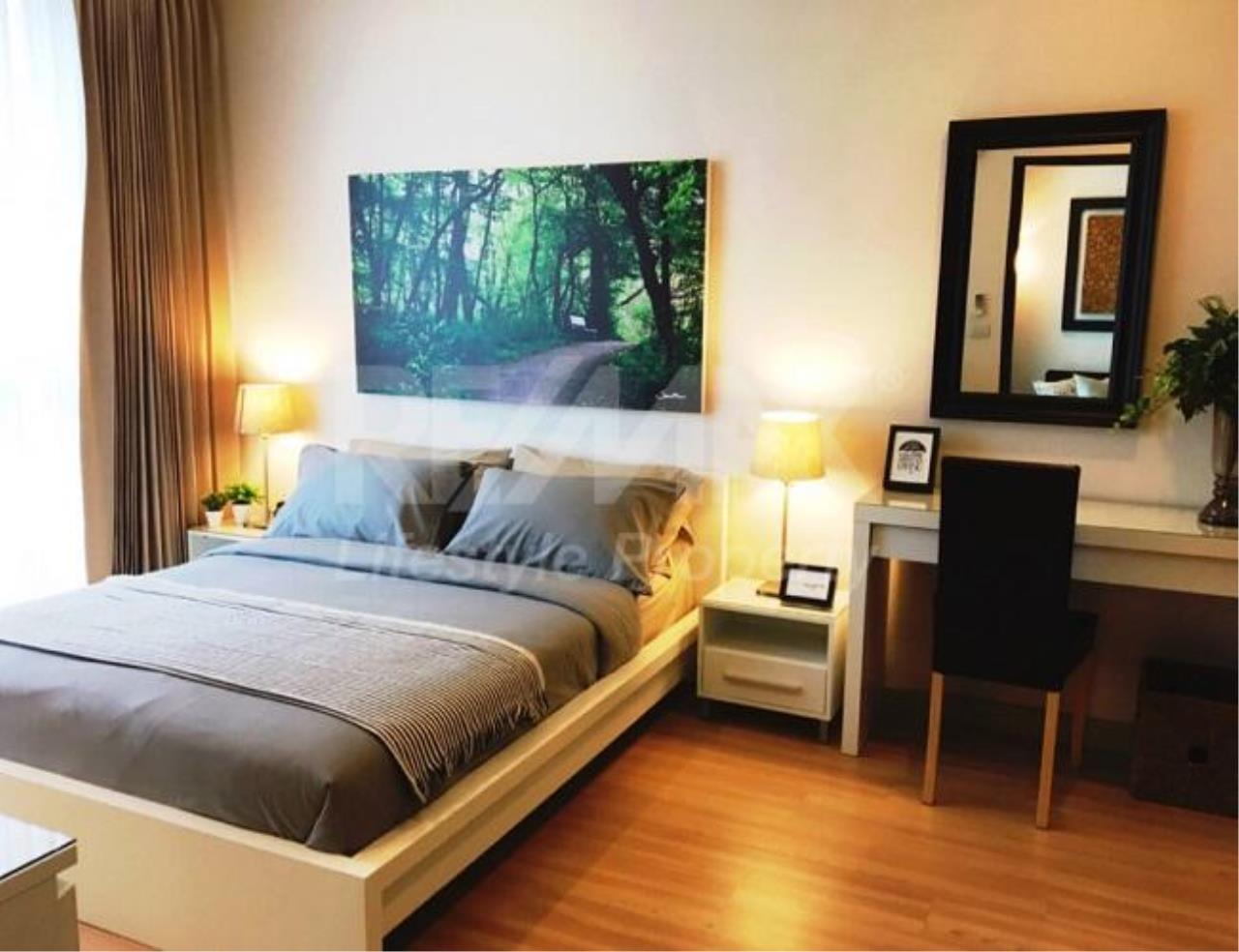 RE/MAX LifeStyle Property Agency's Sky Walk Condominium 7