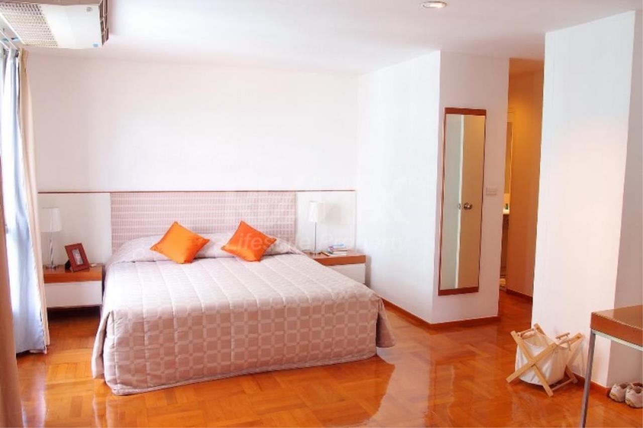 RE/MAX LifeStyle Property Agency's Bangkok Garden Apartment 10