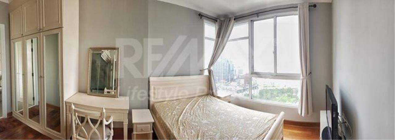 RE/MAX LifeStyle Property Agency's Ivy Sathorn 10 2