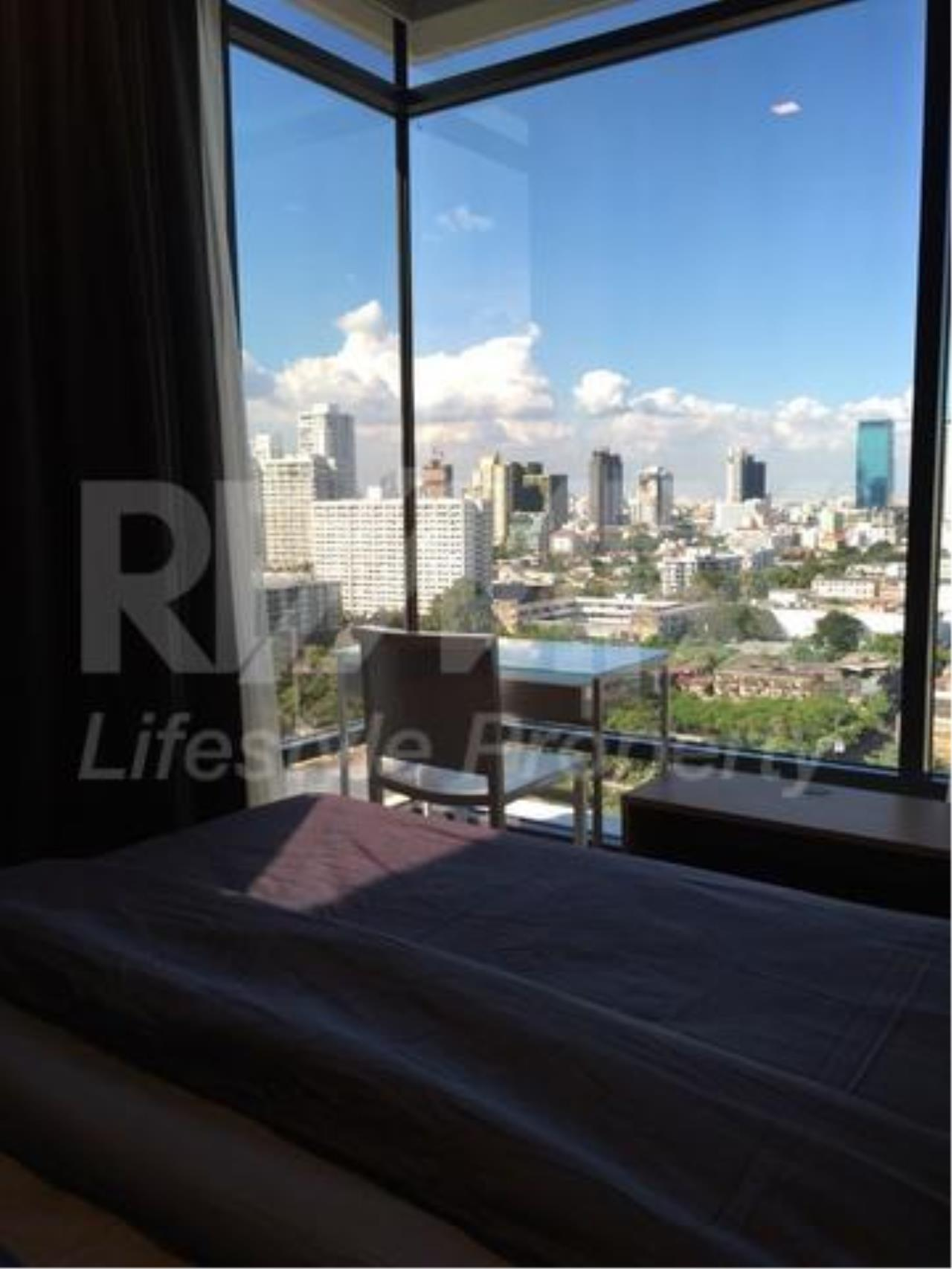 RE/MAX LifeStyle Property Agency's M Thonglor 10 5