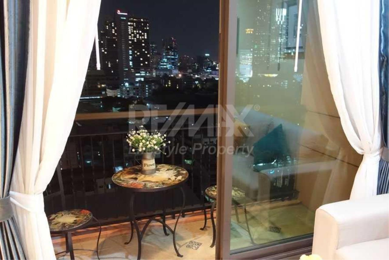 RE/MAX LifeStyle Property Agency's Aguston Sukhumvit 22 5