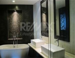 RE/MAX LifeStyle Property Agency's Supakarn Condominium 7