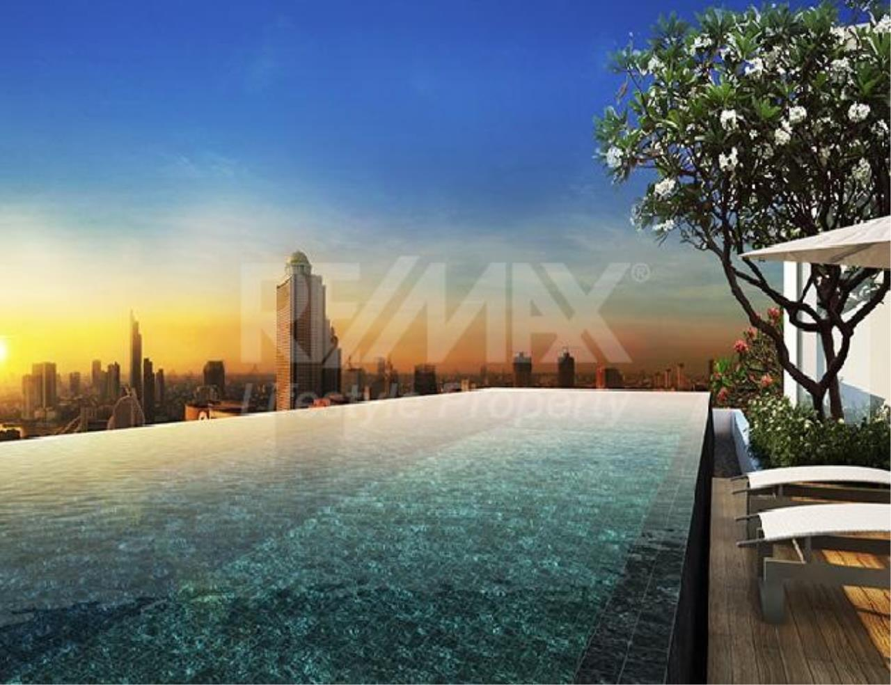 RE/MAX LifeStyle Property Agency's The Bangkok Sathon 2