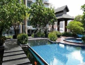 RE/MAX LifeStyle Property Agency's Circle Condominium 6