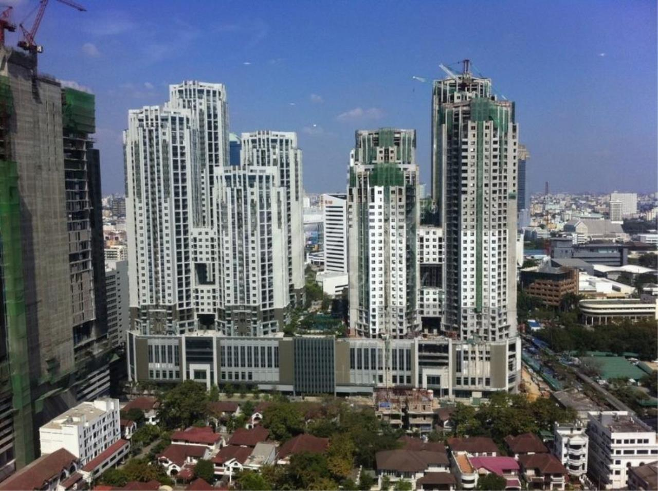 RE/MAX LifeStyle Property Agency's Belle Avenue Ratchada-Rama 9 10