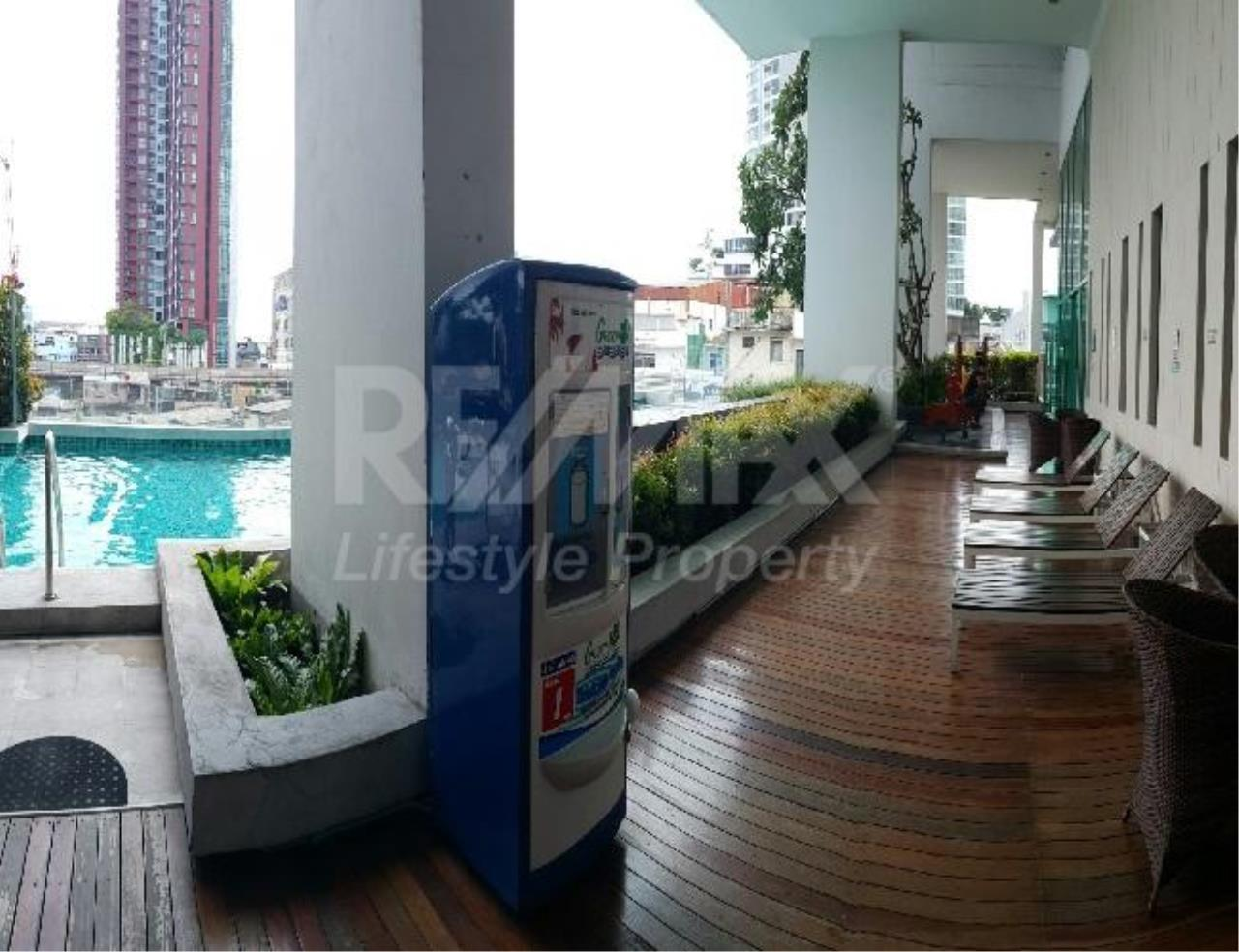 RE/MAX LifeStyle Property Agency's The Bloom Sukhumvit 71 3