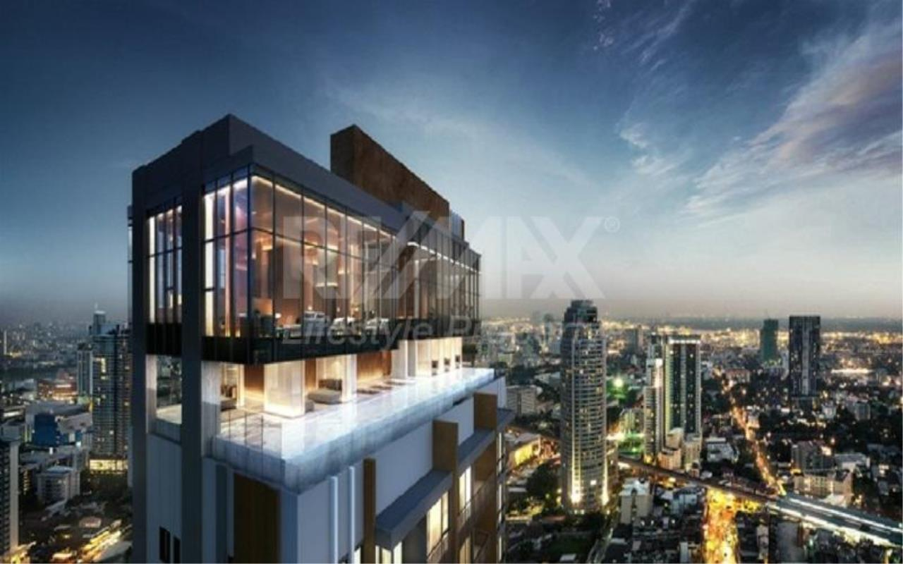 RE/MAX LifeStyle Property Agency's The Reserve Thonglor 2 1