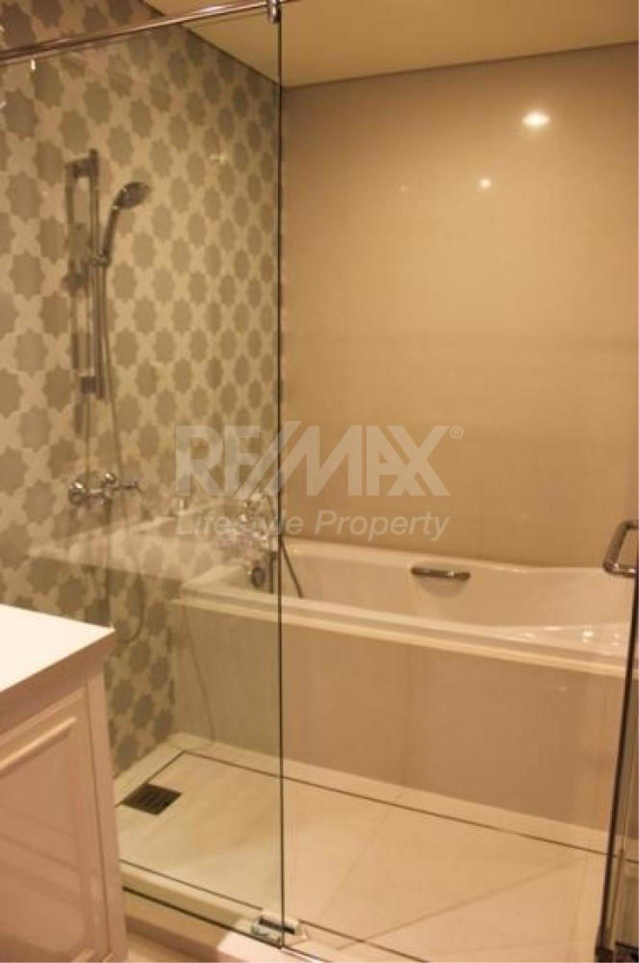 RE/MAX LifeStyle Property Agency's Aguston Sukhumvit 22 8